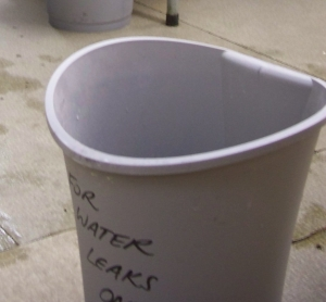 Bin for catching water leaks